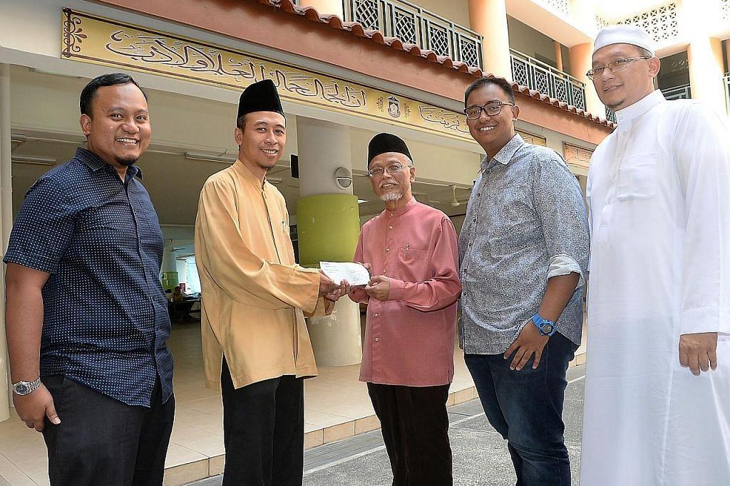 $15,000 hasil ibadah korban diserah kepada Madrasah Aljunied