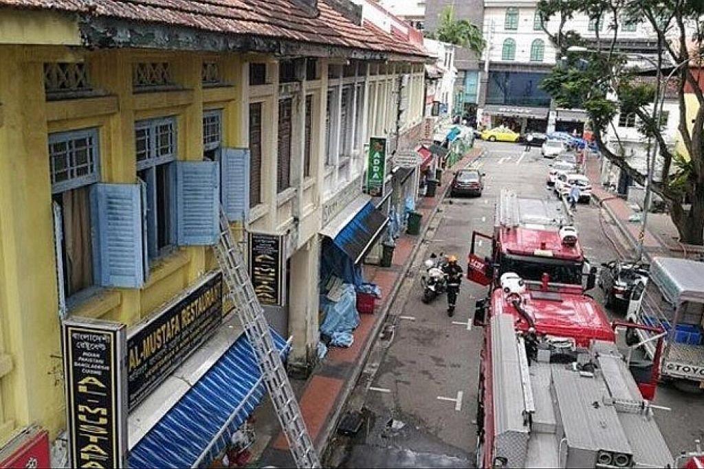 Mangsa kebakaran rumah kedai dekat Mustafa Centre dibawa ke hospital