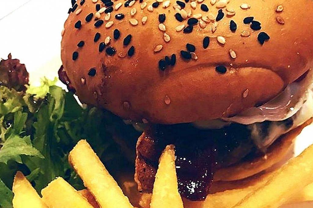 Di sini... anda boleh buat burger ikut selera sendiri