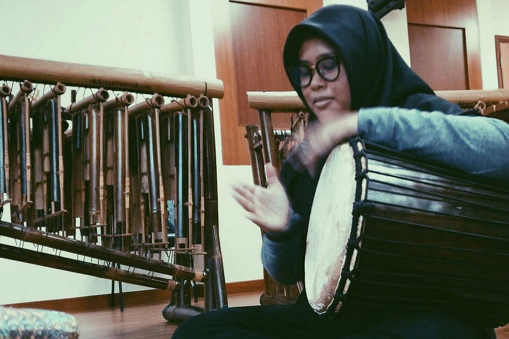 Terpaut pada muzik tradisional Melayu sejak di sekolah rendah