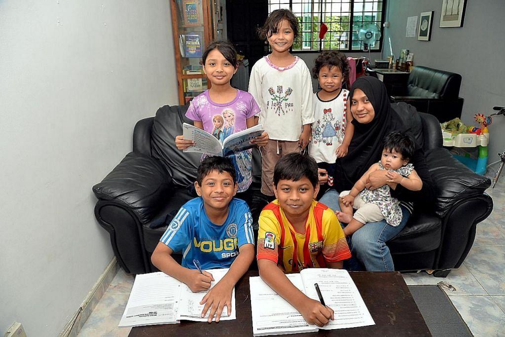 BANTUAN MENYELURUH BAGI KELUARGA BERPENDAPATAN RENDAH Ibu enam anak lega dapat sokongan dermasiswa