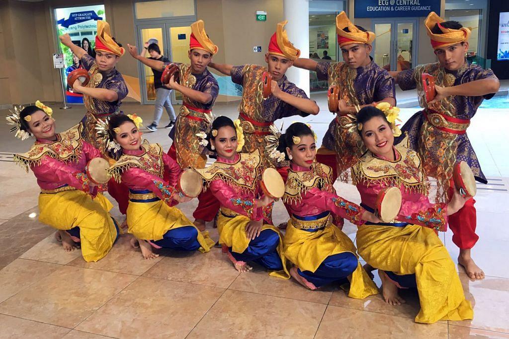 #BAHASAKANKITA Dulu minat 'hip hop', kini jatuh cinta pada tarian Melayu