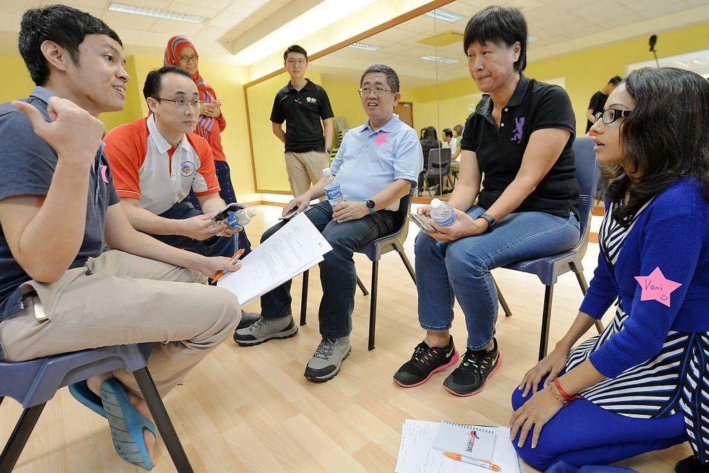 SGSECURE Degupan 'Heart' di kawasan kejiranan sebar ilmu bantuan psikologi