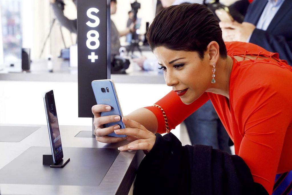 Samsung lancar Galaxy S8 bagi pikat semula pelanggan