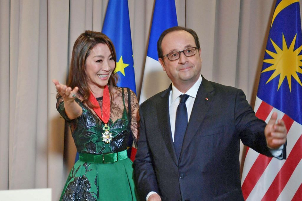 Michelle Yeoh terima anugerah daripada Perancis