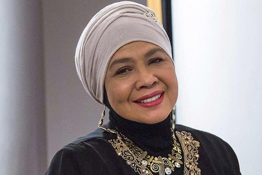 Rahimah Rahim terima Anugerah Perdana Emas