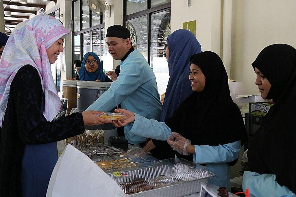 Aneka acara di masjid untuk pelajar istimewa