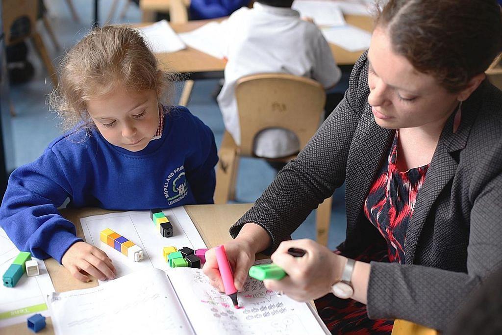 Britain tertarik kaedah ajar matematik S'pura