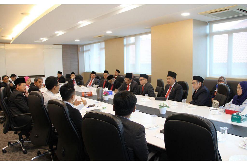 Muis sambut lawatan delegasi Majlis Islam Sarawak
