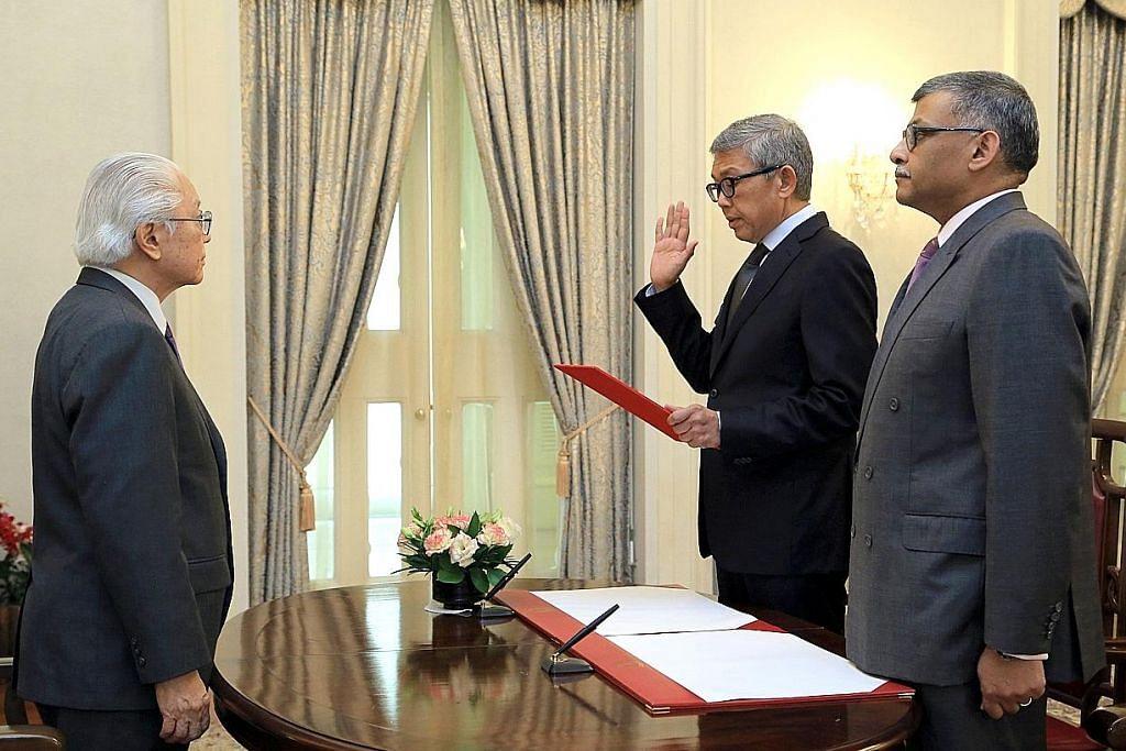 Bahren Shaari angkat sumpah sebagai anggota pengganti Majlis Penasihat Presiden