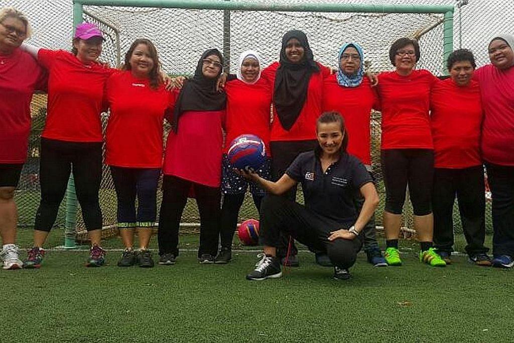 Pasukan bola sepak berjalan dibentuk bagi tingkat kesihatan