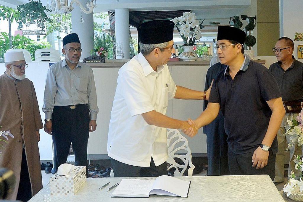 OTHMAN WOK 1924-2017 ADLI YASHIR KUCHIT, ROSEBI MOHD SAH, NUR ADILAH MAHBOB, ATIYYAH MOHD SAID, ERVINA MOHD JAMIL, FAKHRURADZI ISMAIL, HAIRIANTO DIMAN Yaacob: Allahyarham letak asas bagi masyarakat Melayu/Islam yang moden dan progresif