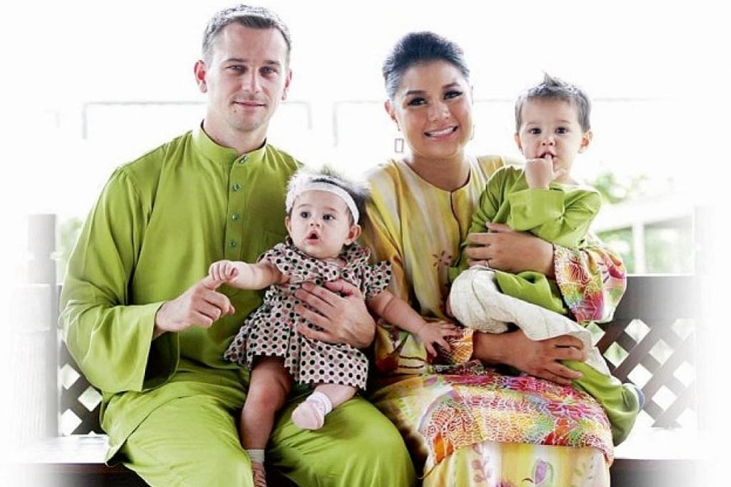 Serina anak Cef Wan akui telah berpisah daripada suami
