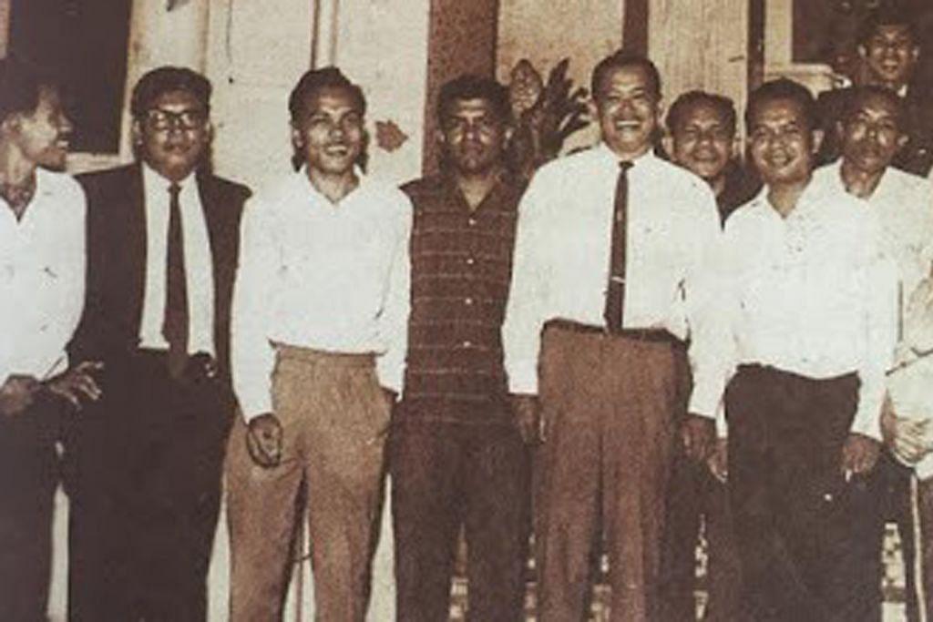 PANDANGAN 'Othman Wok selamatkan Utusan Melayu yang lemas'