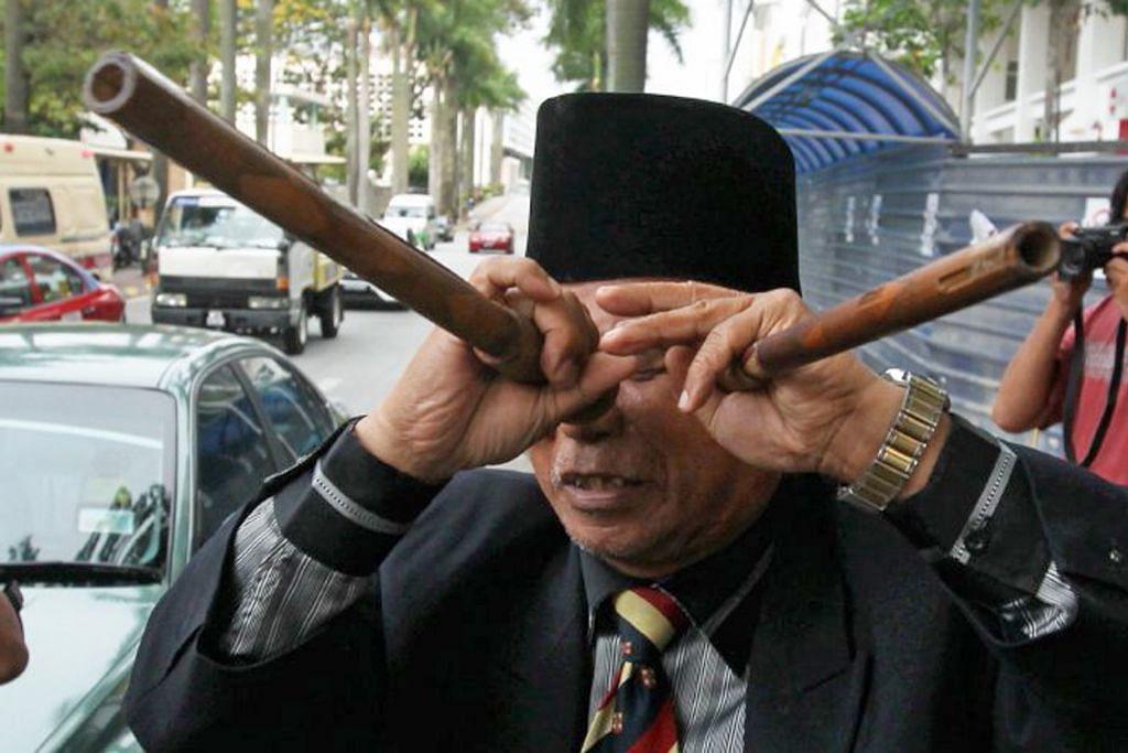 Polis Malaysia tahan Raja Bomoh di Segamat