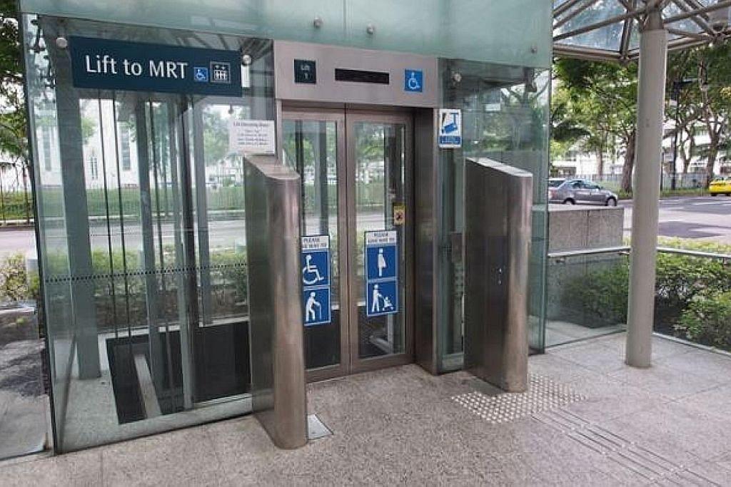 Lif di stesen MRT mudahkan warga emas