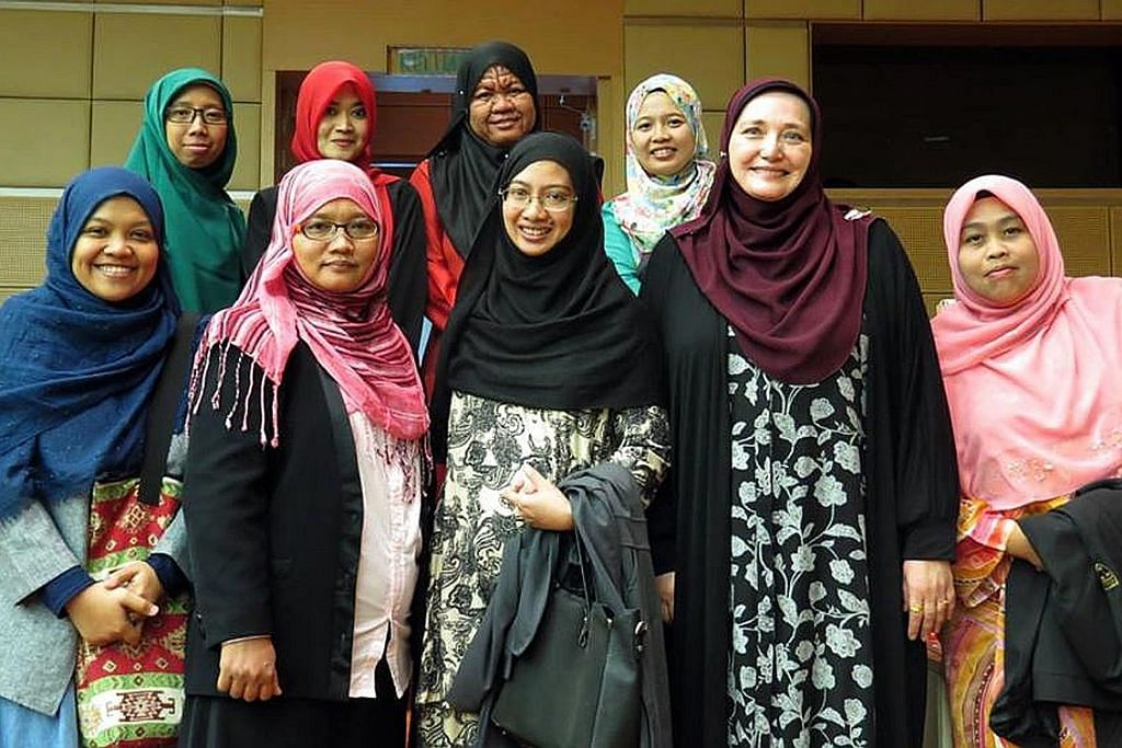 Perjalanan cinta Profesor Denisova pada pengajian Melayu