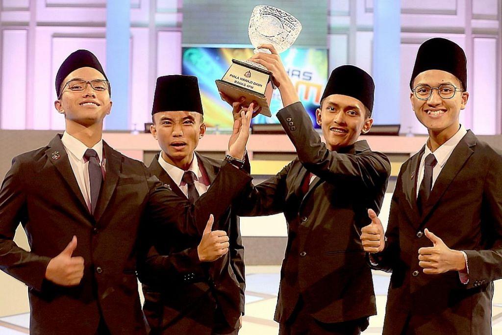 Madrasah Aljunied rangkul juara Bahas 4PM 2017