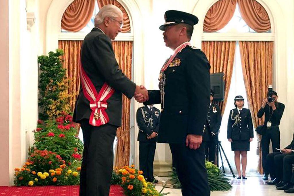 Anugerah bagi pesuruhjaya polis Brunei