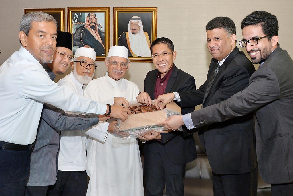 Saudi teruskan tradisi derma kurma Ramadan kepada SG