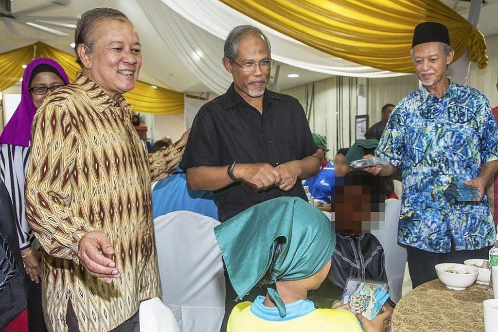 Persatuan badminton anjur majlis iftar untuk kanak-kanak Darul Ma'wa