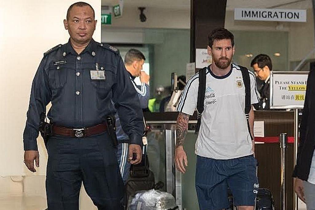 Skuad berbilang bintang Argentina tiba di S'pura