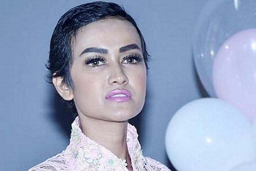 Artis popular Indonesia Julia Perez meninggal