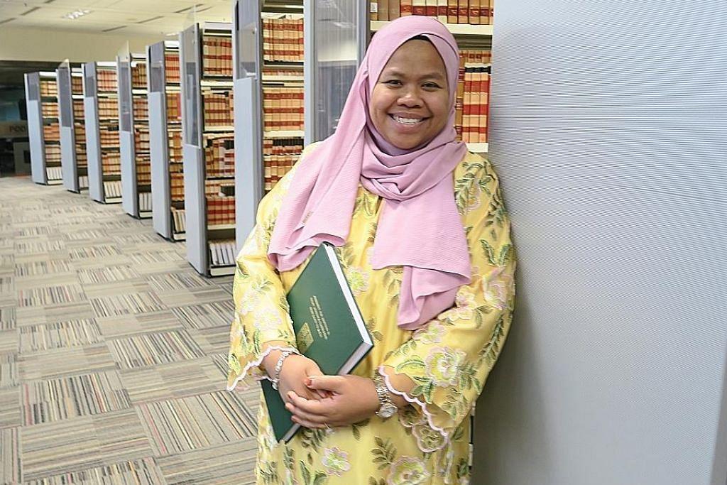 Rangkul PhD dari Universiti Cambridge