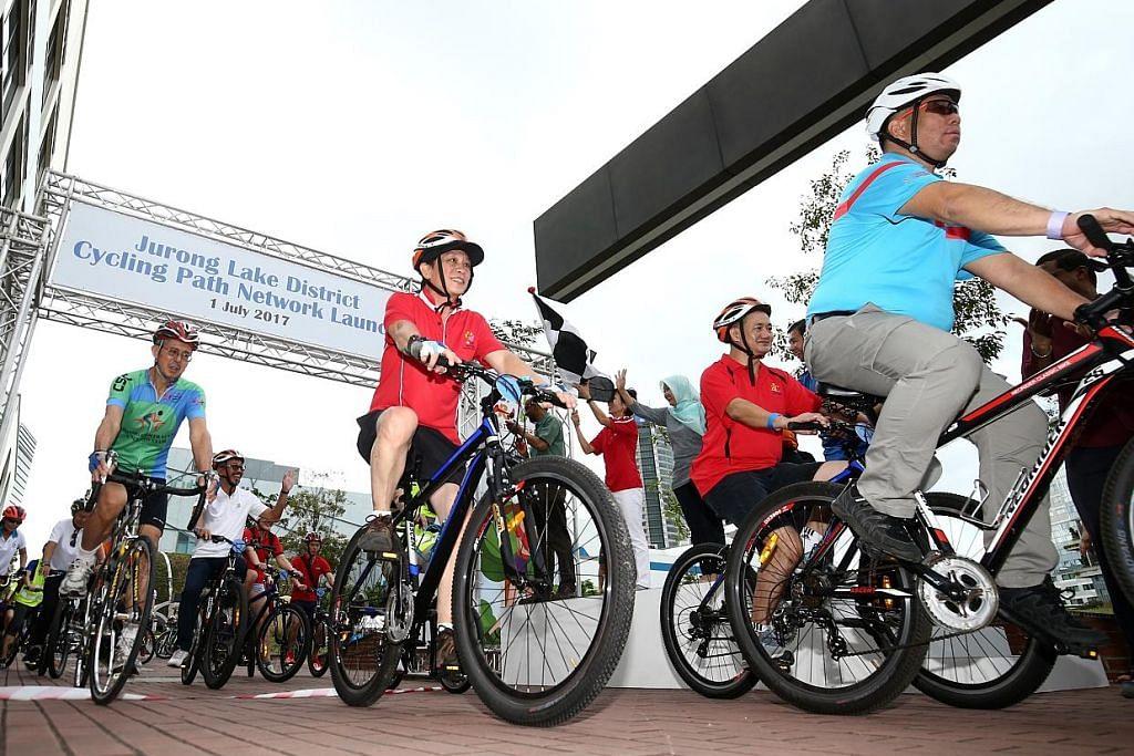 Laluan berbasikal terbaru di Tasik Jurong dilancar