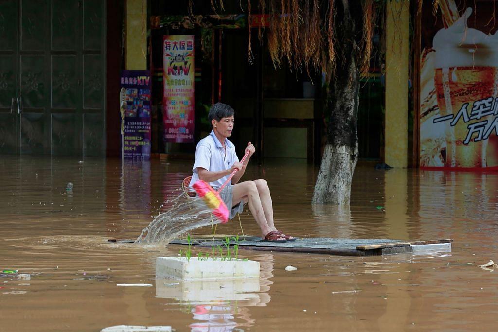 Lebih 55 maut akibat banjir, letupan paip gas korbankan lima