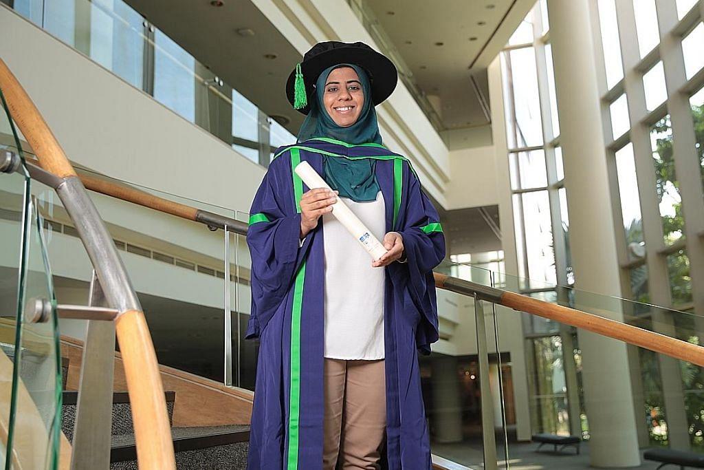 Bekas pelajar Wak Tanjung jaya raih PhD Sains Biologi