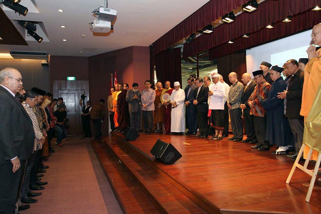 Chuan-Jin: Dialog perlu iltizam, libatkan anggota seagama FELLOWSHIP DAN DIALOG ANTARA AGAMA DAN ANTARA BUDAYA INDONESIA-SINGAPURA
