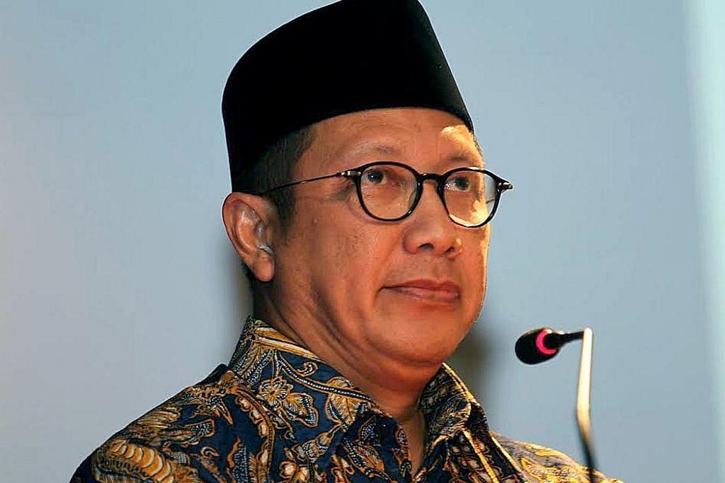 Tonjolkan persamaan dan kesederhanaan agama PROGRAM FELLOWSHIP DAN DIALOG ANTARA AGAMA DAN ANTARA BUDAYA INDONESIA-SINGAPURA