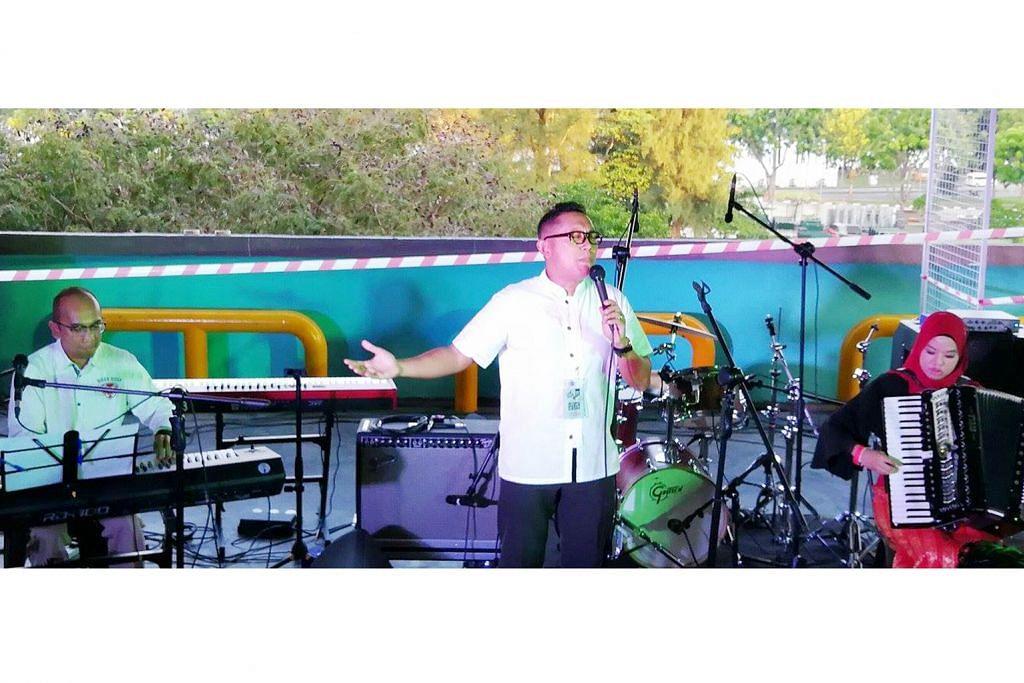 Pemuzik tradisional warnai pesta jaz