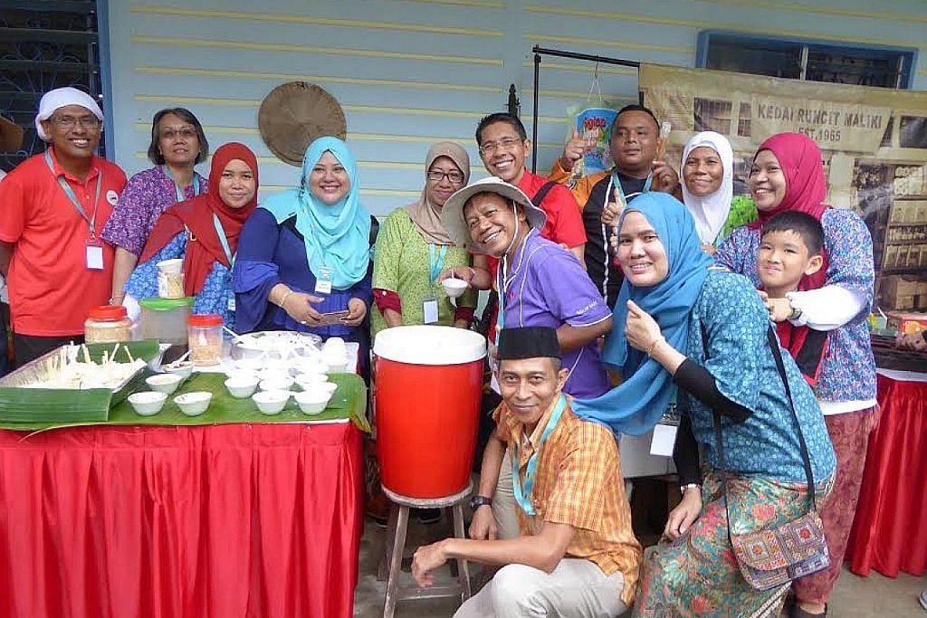Lebih 500 penduduk Siglap rai ulang tahun S'pura di Ubin