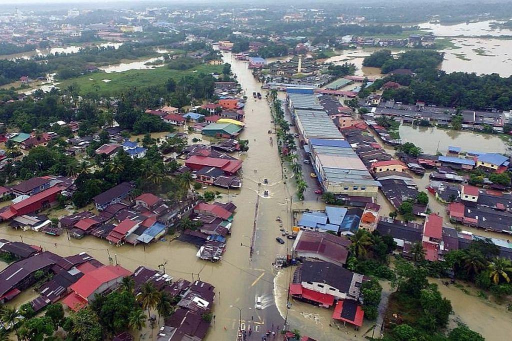 Banjir di Kelantan, Terengganu meruncing