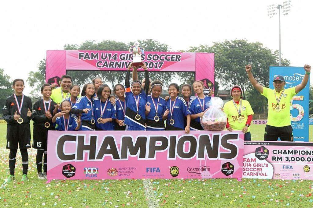 KEJOHANAN GIRLS CARNIVAL BAWAH 14 TAHUN ANJURAN PERSATUAN BOLA SEPAK MALAYSIA Pasukan bola sepak 'girls dream' muncul juara