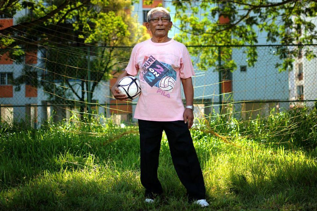 KEMBALI KE RAHMATULLAH: Legenda bola sepak setempat, Majid Arif, meninggal dunia pagi tadi.