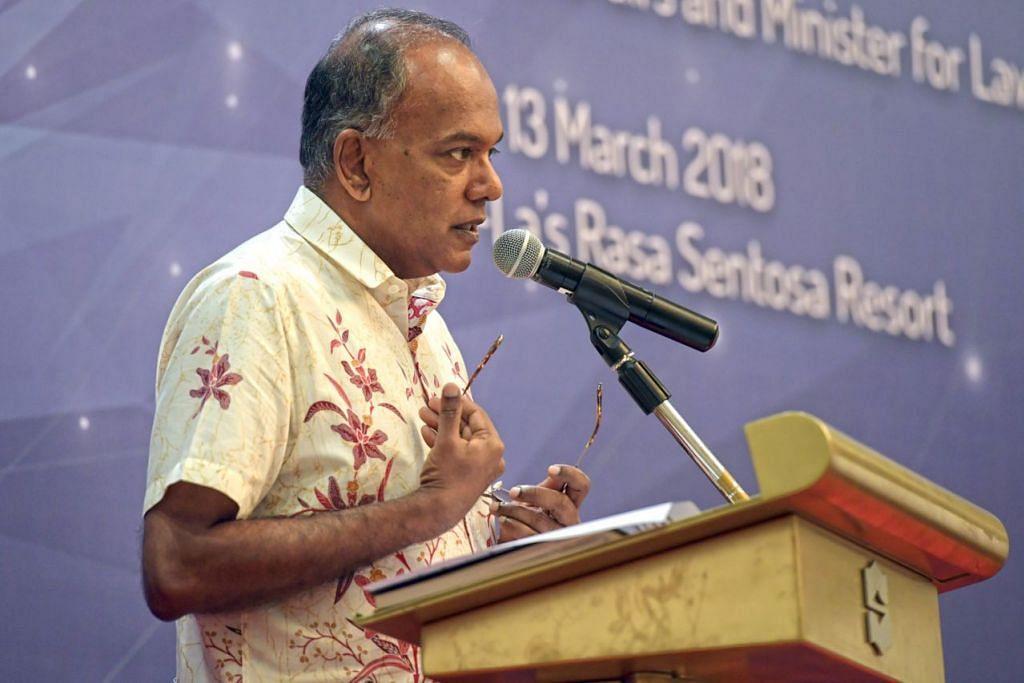 ENCIK SHANMUGAM: Singapura perlu mencari huraian memulihkan tahanan yang menjadi radikal dengan sendiri kerana hanya 25 peratus golongan serupa itu kembali ke pangkuan masyarakat sejak 2007. – Foto BH oleh ALPHONSUS CHERN