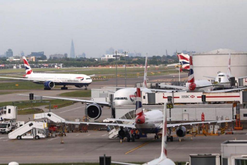 Laporan di Britain   mengatakan  seorang anggota kru British Airways dikatakan   merogol seorang pramugari  ketika satu  persinggahan di Singapura minggu ini.