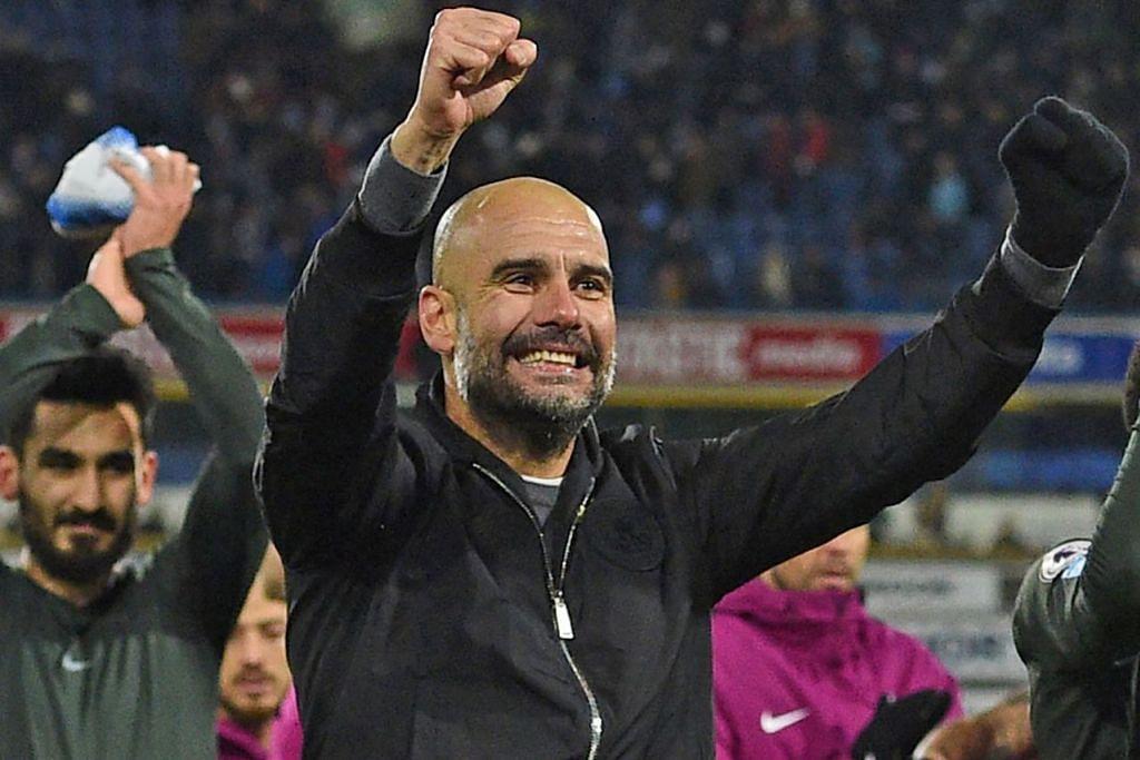 JUARA CEMERLANG: City di bawah Pep Guardiola (dua dari kiri) terbukti berada dalam kelas tersendiri sepanjang musim Liga Perdana ini. – Foto AFP