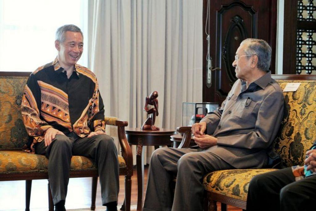 Perdana Menteri Lee Hsien Loong menemui Perdana Menteri Malaysia, Tun Dr Mahathir Mohamad, di Yayasan Kepimpinan Perdana di Putrajaya, pada 19 Mei 2018.