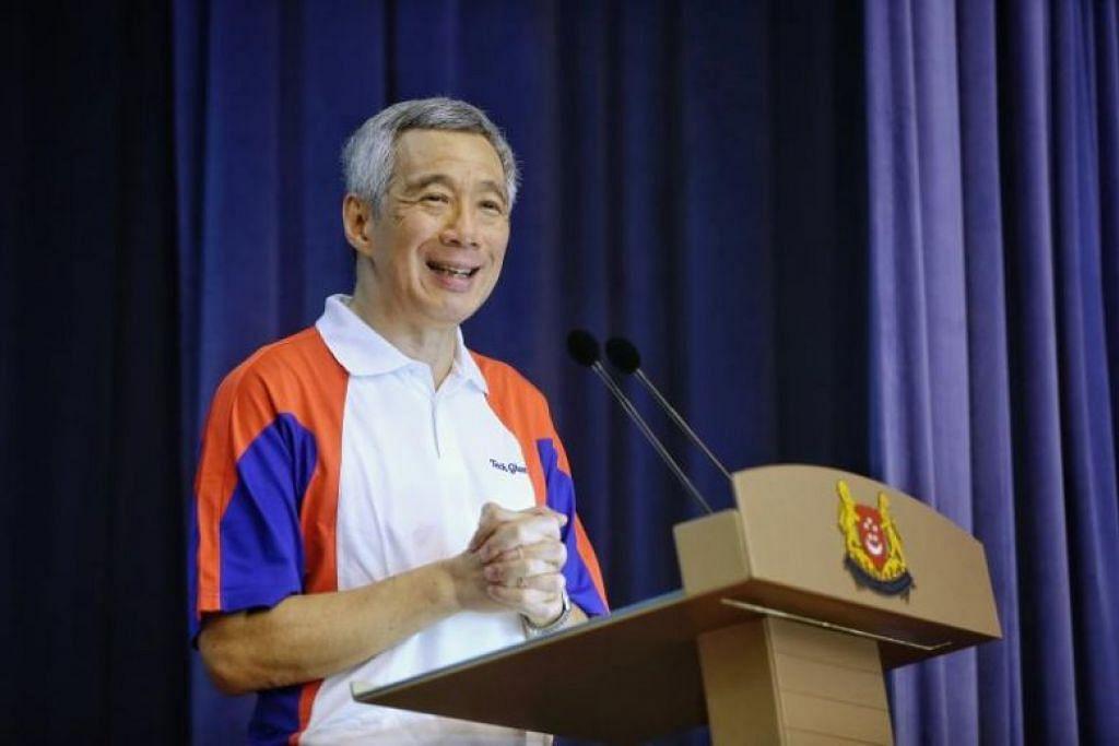 Encik Lee berucap di kegiatan meraikan keibubapaan di Kelab Masyarakat Cheng San pada 27 Mei.