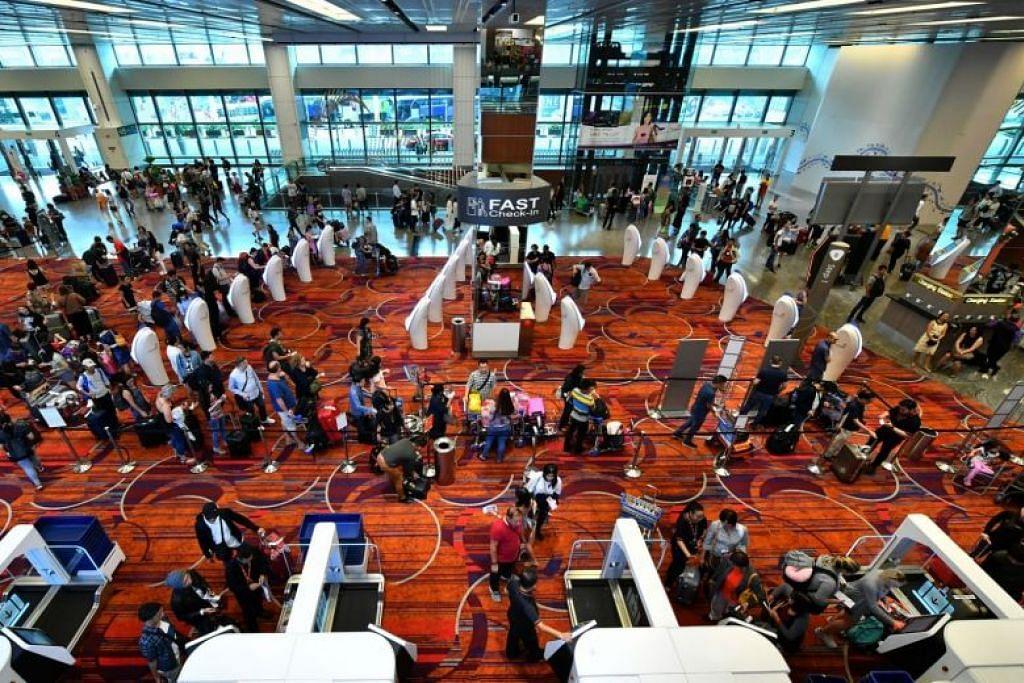 JUMLAH REKOD: Lapangan Terbang Changi mencatat jumlah rekod penumpang, penerbangan dan kargo pada 2017.