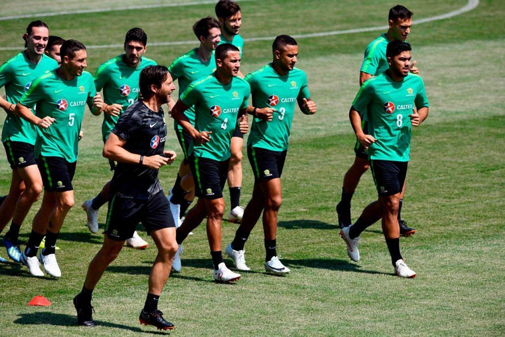 MASIH ADA HARAPAN: Pasukan Australia (gambar atas) masih berharap untuk melangkah ke peringkat selanjutnya apabila bertemu Peru malam ini. - Foto AFP