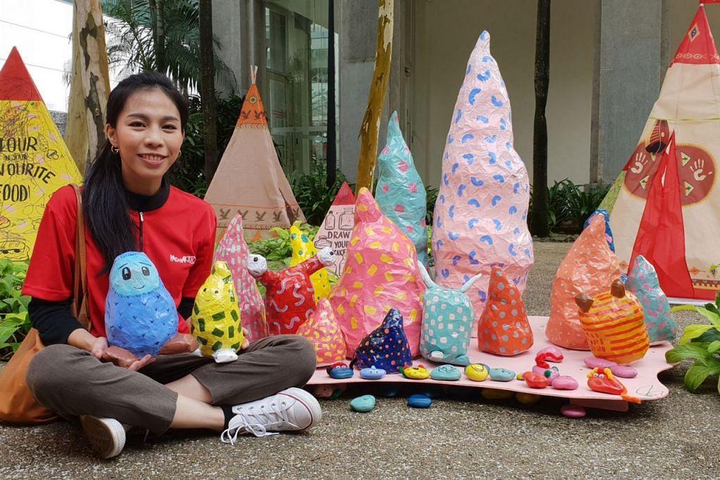 GEMBIRAKAN KANAK-KANAK: Cik Nadiah Alsagoff salah seorang pereka acara Neverland di Pantai Pasir Ris yang mendapat inspirasi daripada cerita dongeng kanak-kanak, Peter Pan.