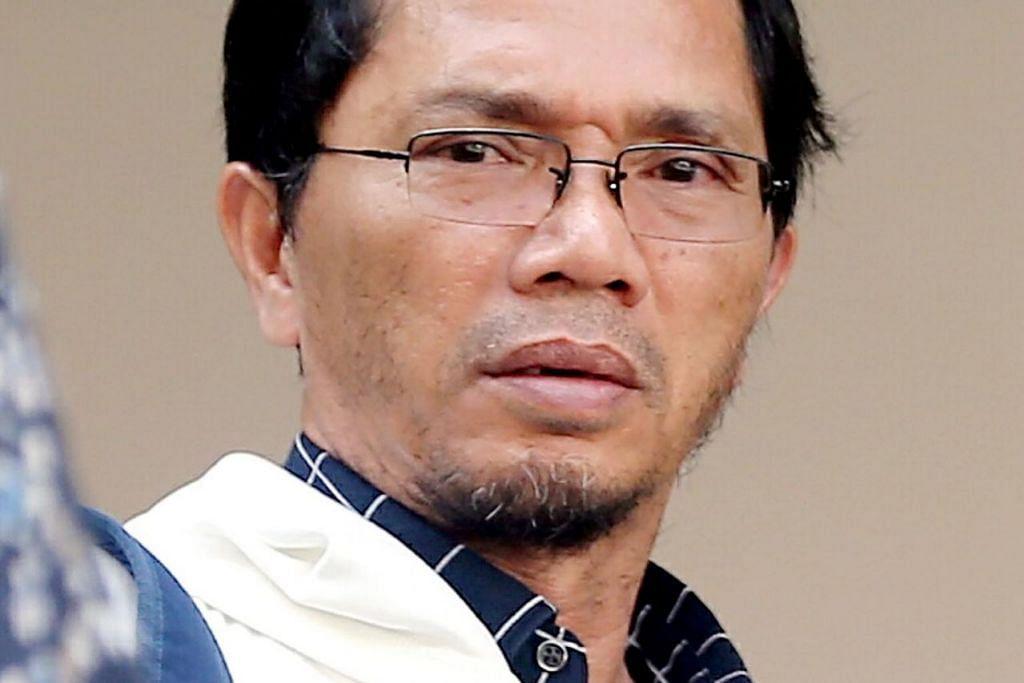 DIPENJARA: Mahkamah mendapati Mohd Taufik Abu Bakar bersalah kerana mencabul beberapa pegawai bawahannya dan dia dihukum penjara 16 bulan dan sembilan minggu. - Foto BH oleh WONG KWAI CHOW