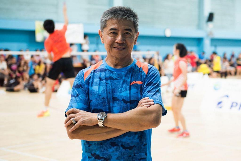 PENGALAMAN BERHARGA: Jurulatih Mulyo Handoyo berkata bahawa anak buahnya telah memperbaiki prestasi mereka sebanyak 10 hingga 30 peratus dan pertandingan Badminton Terbuka Singapura merupakan peluang untuk menimba pengalaman yang berharga. - Foto fail