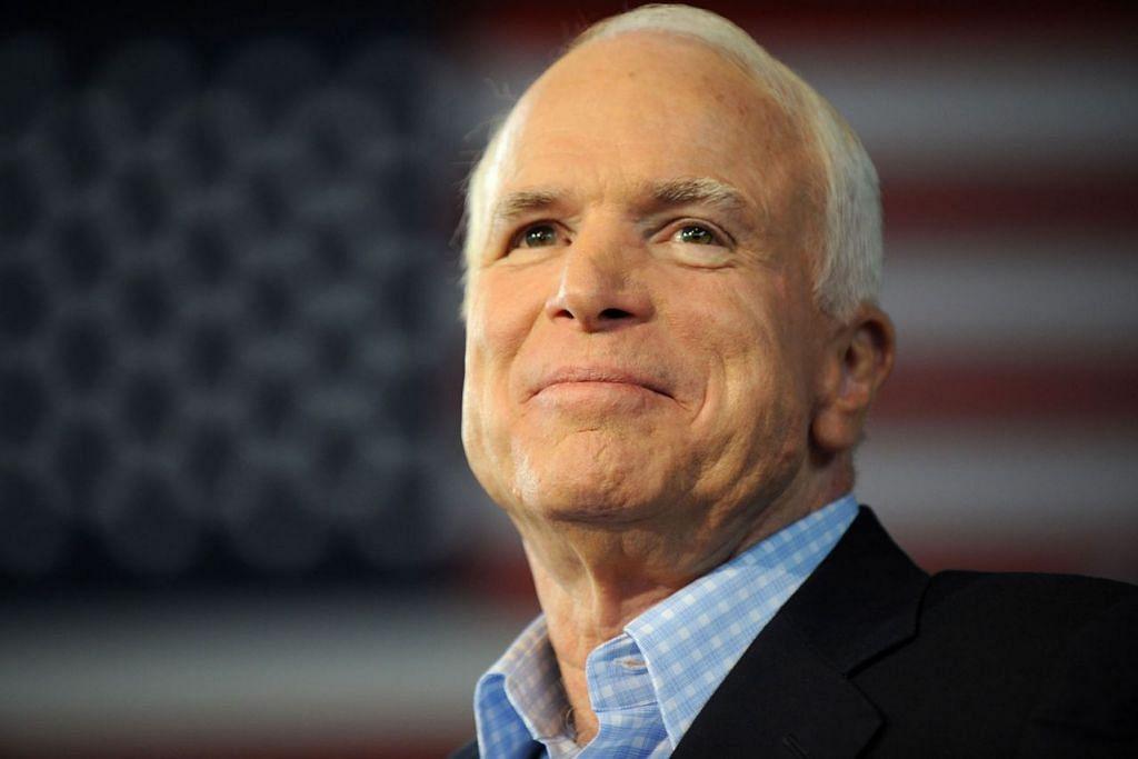 PENGKRITIK TEGAR DONALD TRUMP: Mendiang John McCain sebelum ini pernah memberitahu beliau tidak mahu Presiden Amerika Donald Trump menghadiri upacara pengebumiannya sekiranya dia meninggal dunia. - Foto AFP