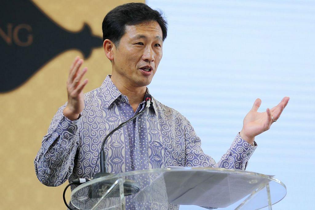 Menteri Pendidikan, Encik Ong Ye Kung (gambar atas).